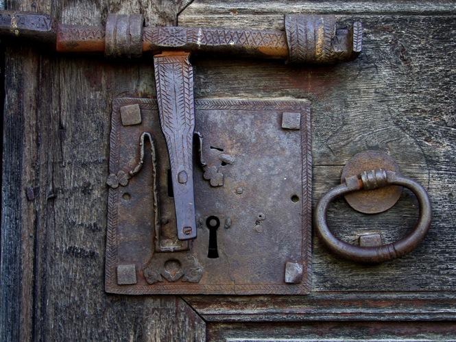 Tantos caminos - Llaves antiguas de puertas ...